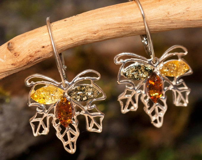 Maple leaf shaped multicolor amber earrings. Natural baltic amber, unique dangle earrings, perfect gift, sterling silver earrings