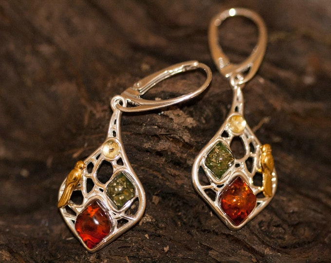 Multicolor amber earrings. Multicolor amber and sterling silver earrings. Dangle earrings. Big earrings. Cognac and green amber earrings.