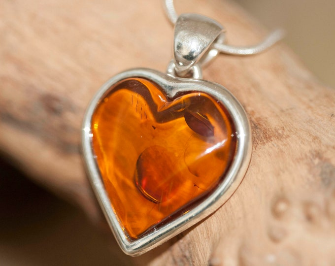 Heart Amber Pendant in Sterling Silver. Amber necklace, silver pendant. Baltic Amber jewelry. Perfect gift for her. Heart shaped pendant.