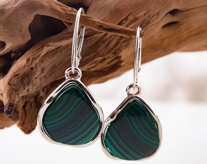 Malachite earrings in Sterling Silver setting. Green earrings. Malachite earrings. Lever back earrings. Gift for her. Elegant earrings