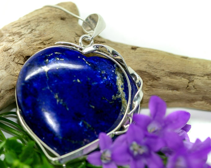 Statement Lapis Lazuli Pendant fitted in Sterling Silver setting. Heart shaped Lapis Lazuli necklace. Valentine's Day, Contemporary jewelry.