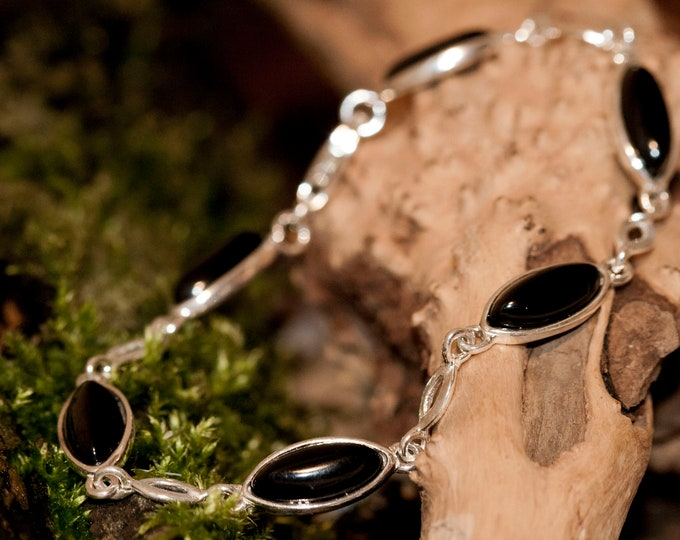 Whitby Jet bracelet. Sterling Silver Bracelet, British jewellery. Contemporary jewelry. Genuine Whitby Jet. Boho jewelry.