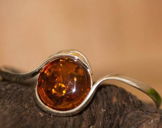 Cognac Amber bracelet. Baltic amber and sterling silver bangle bracelet. Unique pesent for her, Anniversary gift. Contemporary bracelet