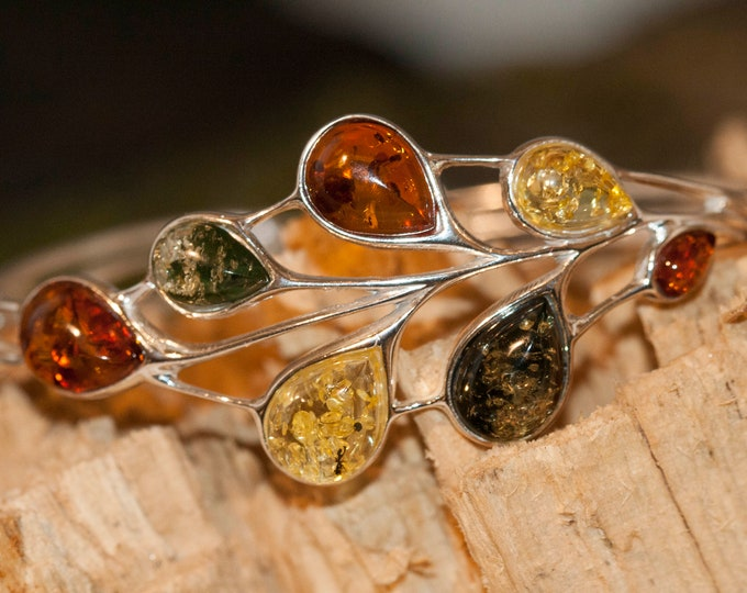 Multicolor Amber bracelet. Leaf shape. Baltic amber bracelet. Big  bracelet. Perfect gift for her. Statement jewelry. Solid bracelet. Unique