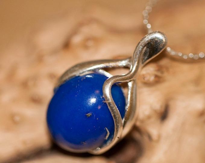 Lapis Lazuli pendant in Sterling Silver. Lapis Lazuli pendant, silver jewelry. Silver necklace. Elegant dainty pendant, lapis lazuli