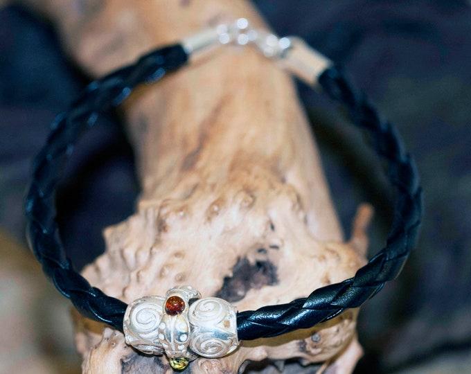 Men Bracelet. Amber & Sterling Silver. Men Jewelry. Silver bracelet. Gift for him. Unisex. Viking jewelry. Viking bracelet.