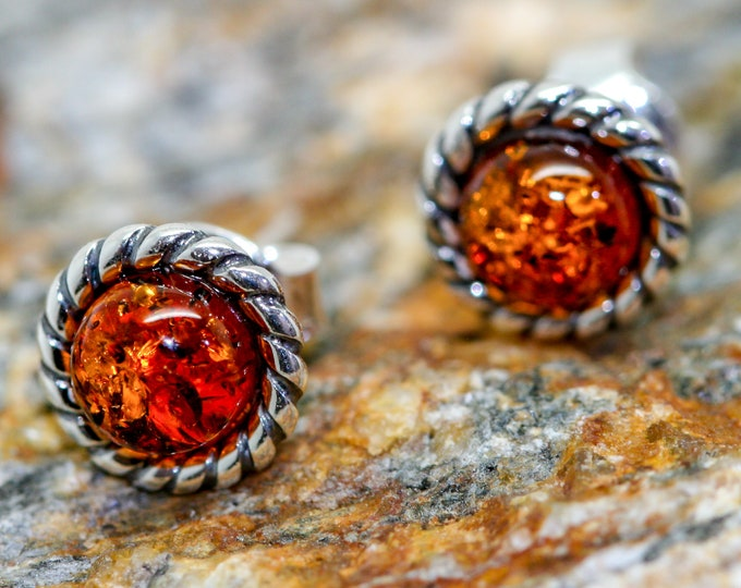Baltic Amber Earrings fitted in a Sterling Silver setting. Stud earrings, amber stone. Perfect gift for her. Amber jewellery, celtic design
