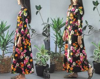 Black Floral Bohemian Maxi Dress 70s