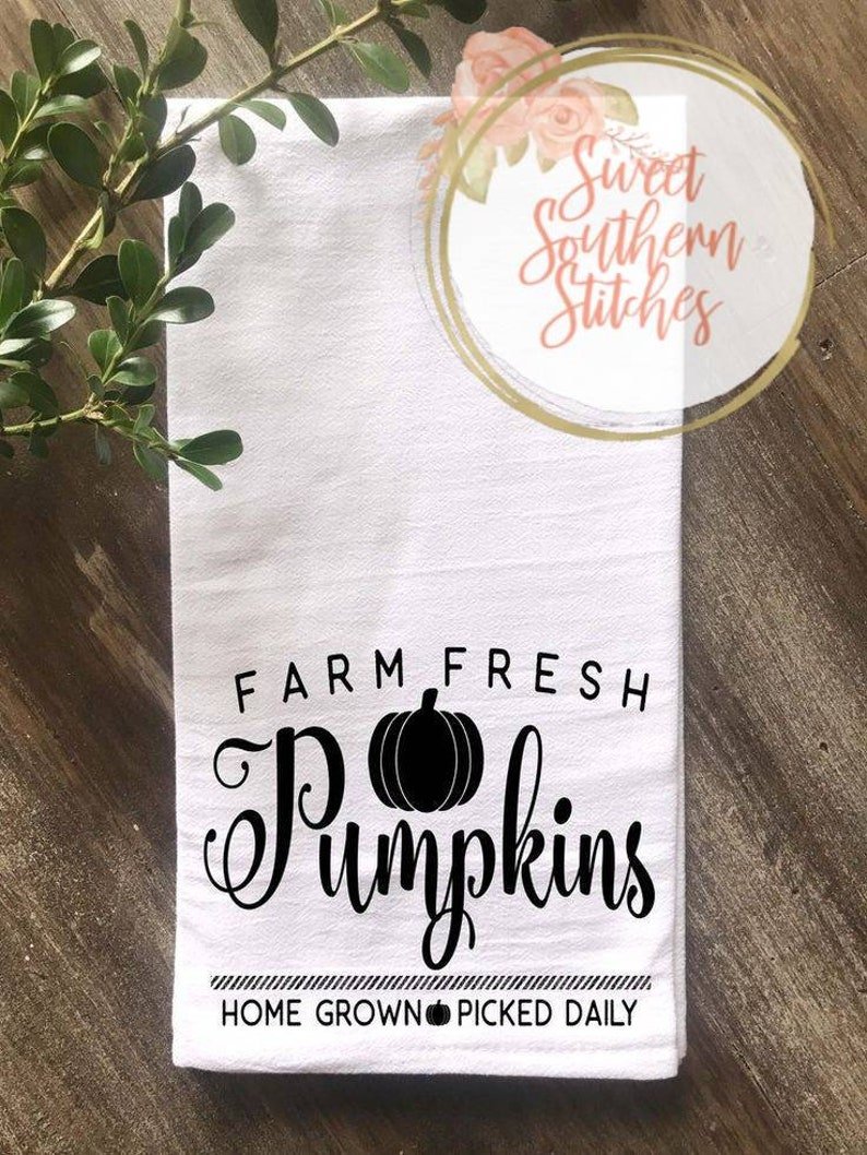 Fall Tea Towel  Pumpkin Tea Towel  Thanksgiving Tea Towel  image 0