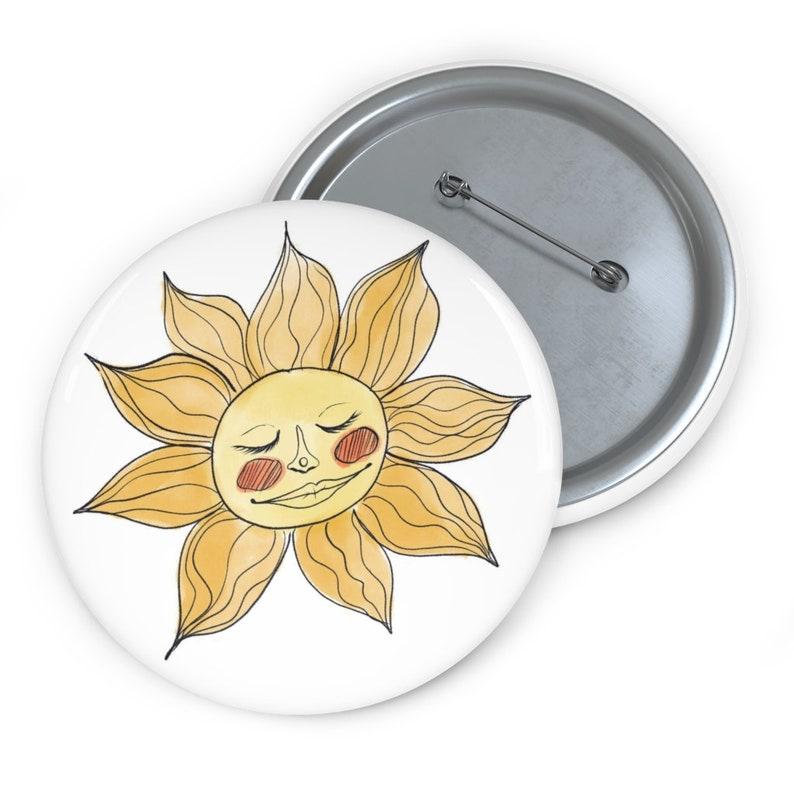 Sol Solis Pin