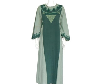 5aa082db30 JOSEFA Mexican Vintage Embroidered Green Maxi Hippy Festival Dress S M