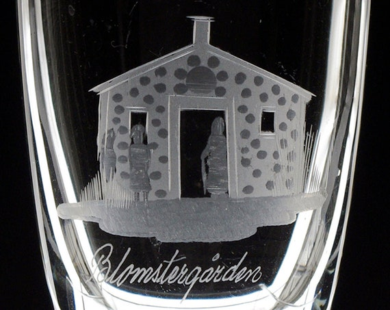 Swedish Cities Souvenir Glass Vases, Copper Wheel Engraved 1960's, Nostalgia, Tourist Mementos