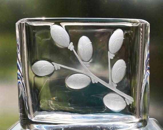Orrefors Lundin 1965 Pussy Willow Design, Copper Wheel Engraved, Swedish Crystal Vase