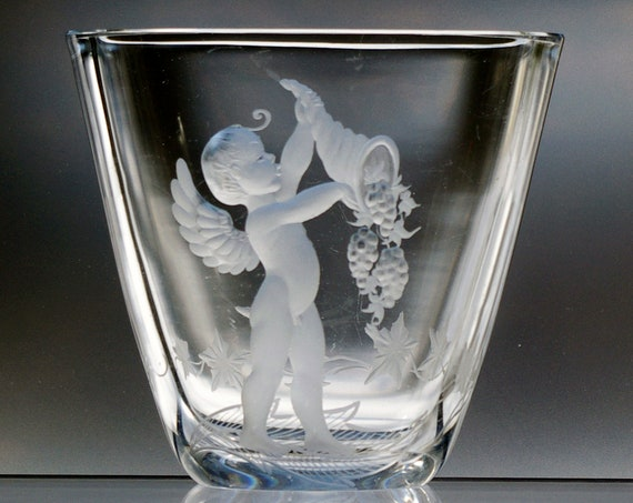 "Naked Cherub / Cupid, 5"" Engraved Swedish Crystal Vase, Kjellander Brothers, 1940's"