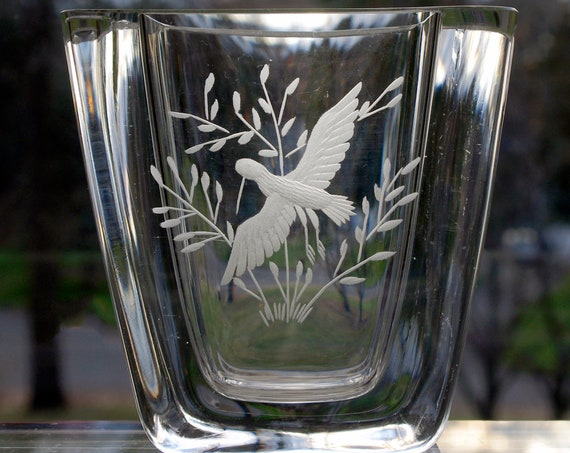 Skruf Engraved Swedish Vase, Bird in a Bush, Edenfalk 1970s Design