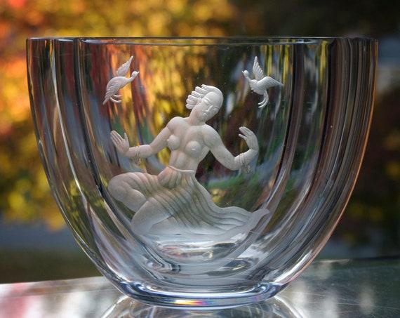 Swedish Crystal Vase, Copper-Wheel Engraved Semi-Nude Woman, Värends Konstglas, Emil Weidlich, 1940's