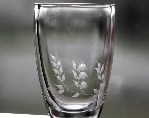 Ekenäs Engraved Crystal Vase Swedish Flowers