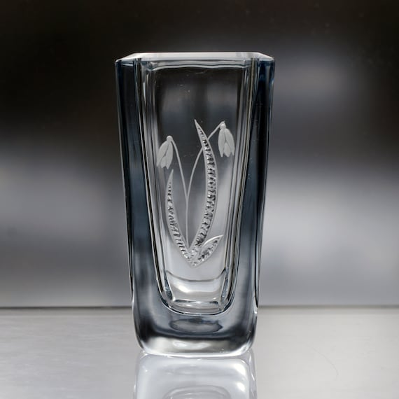 Strömbergshyttan Snowdrop Engraved Glass Vase with Shiny Chiseled Leaves, Lovely Swedish Gift
