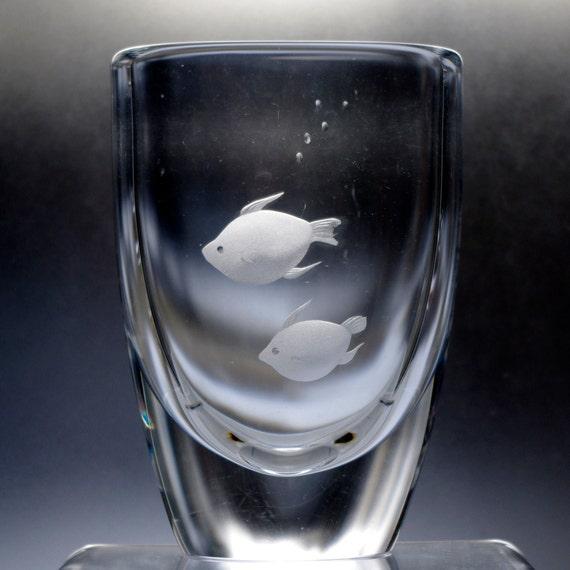 Skruf Edenfalk Crystal Vase, Engraved Pair of Stylish Fish, 1970s Sweden