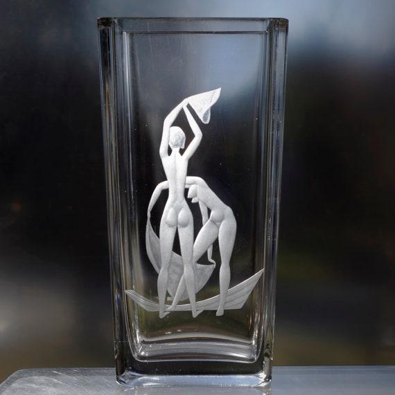 """Orrefors 2 Nudes Bathing, Palmqvist '56 Design, Large Swedish Vase 10.75"""" Lead Crystal, Copper-Wheel Engraved"""