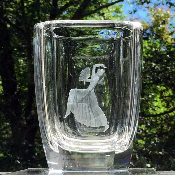 Orrefors Fan Dancer Engraved Crystal Vase, Palmqvist 1944 Design
