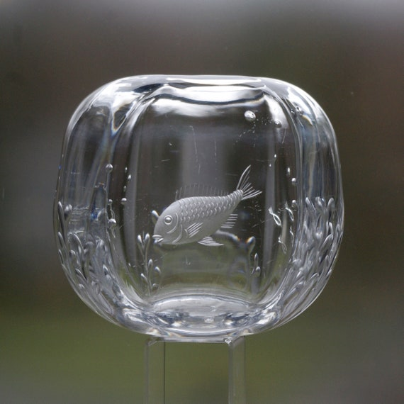 Orrefors Lindstrand 1939 Cut and Engraved Glass Vase, Round Fish Bowl Motif, Hand Blown Crystal