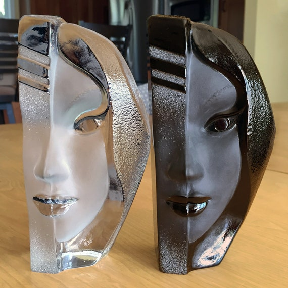"Rare Set of Two Målerås Crystal ""Nike"" Masq Sculptures by Mats Jonasson, Sweden 1990s, Signed, Boxes Included"