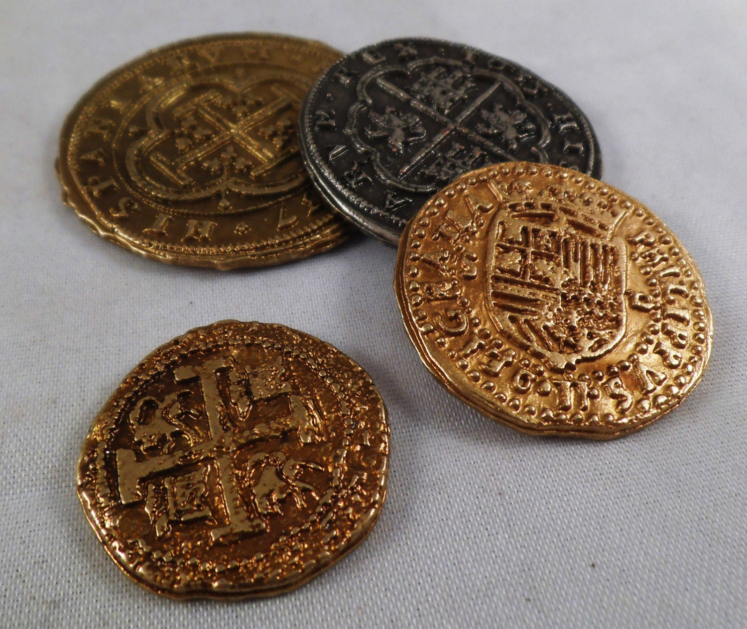 Set of 4 Mixed Spanish Armada Gold/Silver Doubloons  -Coins/Pirates/Treasure/Gift Replicas