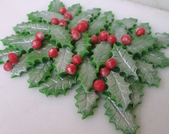 marzipan silver holly leaves 50 and berries 50 fondant holly leaves fondant berries christmas cake decorations christmas cupcake