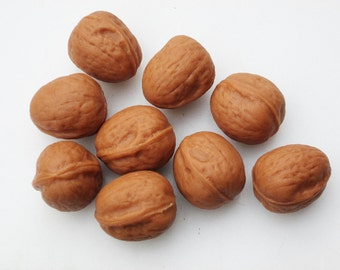 Marzipan Walnuts (8) - marzipan walnut cake - fall cake decorations - 3D Christmas marzipan decorations - walnut cake decorations