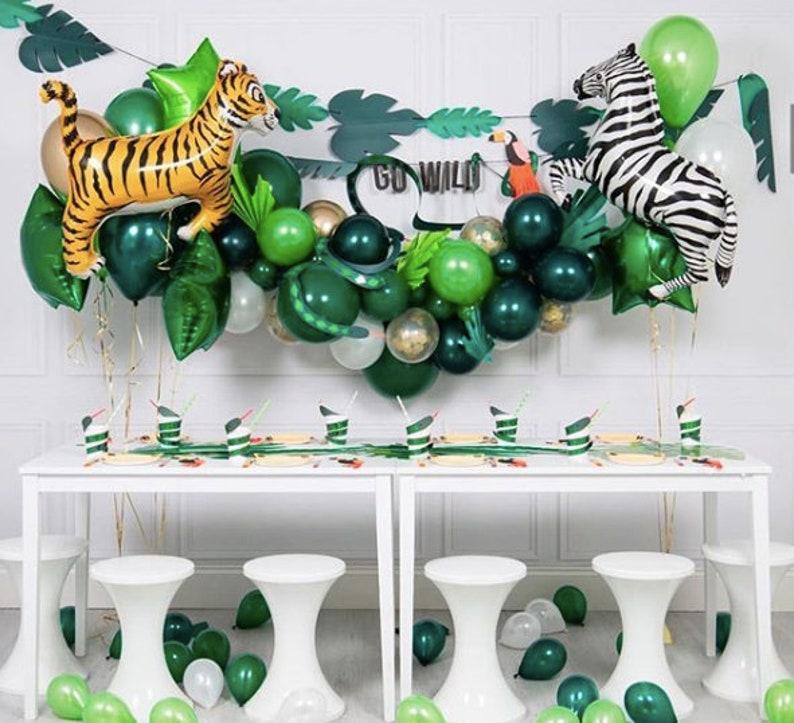 Kit ballons sur le thème de la jungle - Créatrice ETSY : InspiredbyAlma