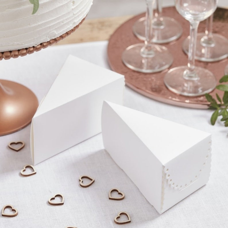 Cake Boxes | Stay at Home Mum