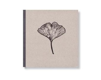 SKIZZENBUCH *Ginkgoblatt*, 17 x 17 cm, 144 Seiten