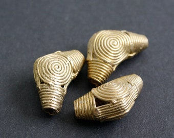 7 African Brass Beads,  Ashanti Ghana Lost Wax, Handmade Elbow-Shaped for Jewelry, Jewellery and Crafts, 30-31 mm
