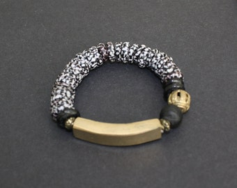 African Jewelry, Stretchy Bracelet, Ghana Krobo Refashioned Glass Beads, Black/ White with Brass Bar, Handmade, Great Gift Idea, 6.25 inches