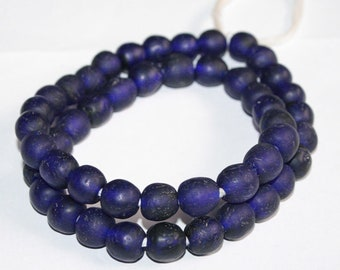 47 Cobalt Blue African Beads Ethnic Ghana Recycled Glass from Krobo, Round 13-15mm for Jewellery and Crafts, Full Strand