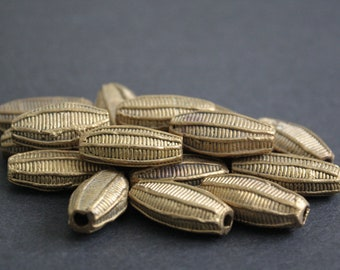8 African Brass Beads, Handmade Ethinc Ghana Ashanti Craft, 25-30 mm Flat Bicones, Woven Stripes, for Jewelry and crafts