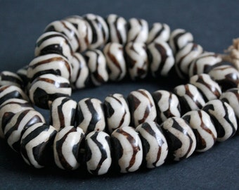 10 Large African Bone Beads, Batiked Kenyan 22 -25 x 12 - 14 mm, wide zig zag Patterned
