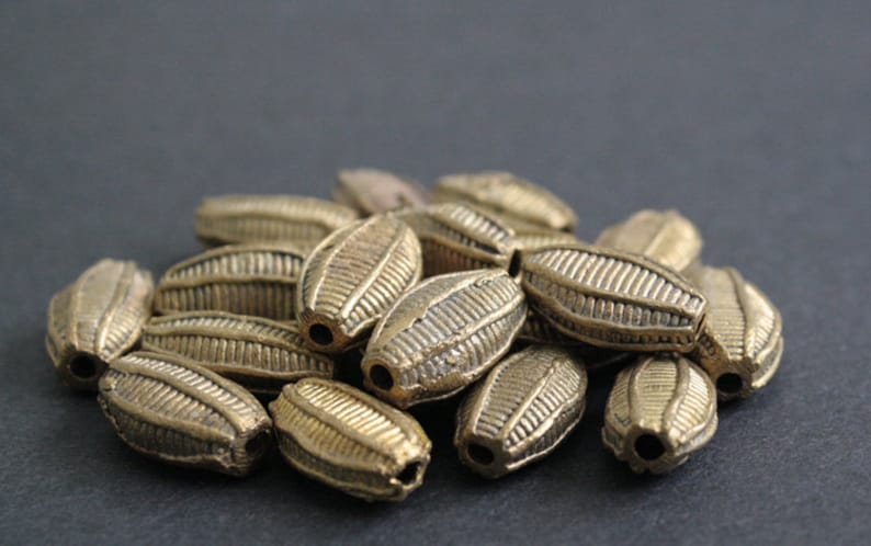 Handmade Ethinc Ghana Ashanti Craft for Jewelry and crafts African Brass Beads 12-1526-30mm Flat Bicones Woven Stripes 810-Pack