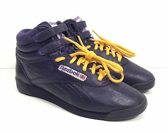 71f3a6b46066d VINTAGE 80s Reebok Classic Shoes Women s 6.5 High Top Purple Freestyle  Straps
