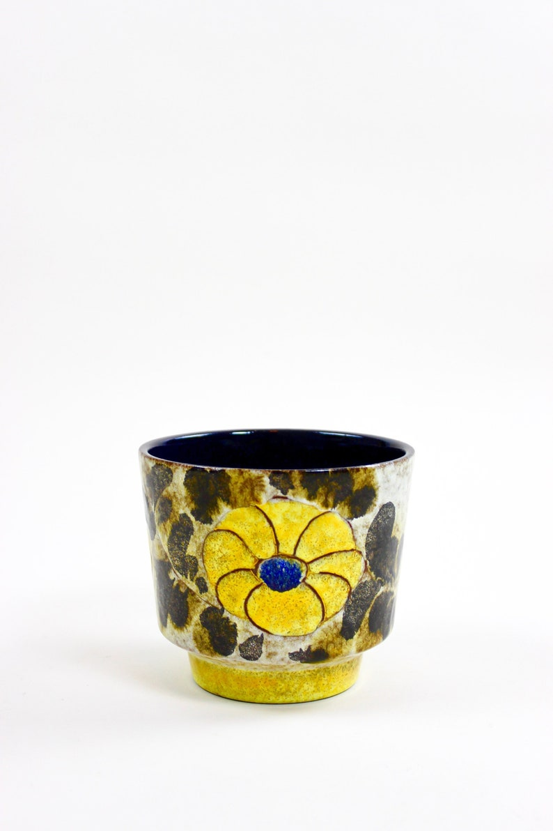 vintage flower pot Majolica marei 70s pot indoor gardening ceramic planter