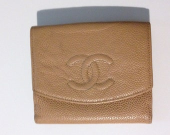 3bf98fd14a6b Chanel Bi-fold Beige Caviar Skin Leather Authentic Vintage Wallet made in  France
