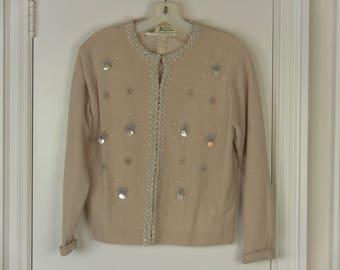 a1a8d6e856 Vintage Elegant Beaded Sweater