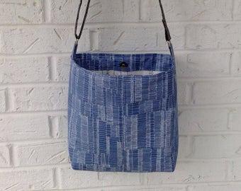 Blue Purse / Blue Shoulder Bag / Handbag with adjustable strap / Crossbody bag/ Crossbody purse/ Handmade purse / Carolyn Friedlander fabric