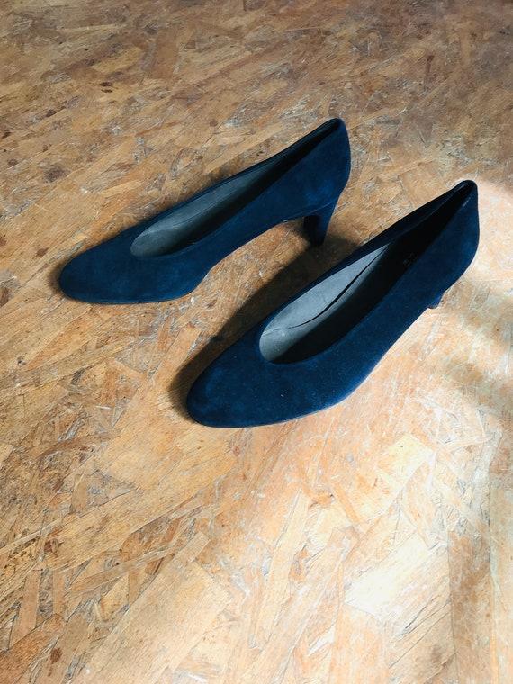 vintage blue suede day heel