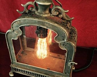 Illuminated Glassdoor Lantern