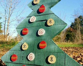 pallet christmas tree outdoor christmas tree wood christmas tree outdoor christmas decor