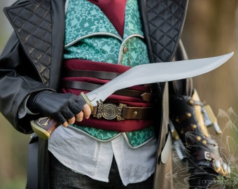 Assassin's Kukri Knife - New and Improved - Prop blade - Costume weapon - Assassin's video game prop