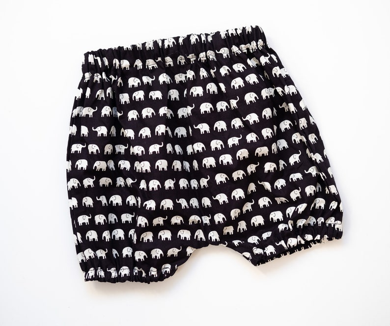 SALE size 12-18 months 100/% cotton Bloomers with elephant print