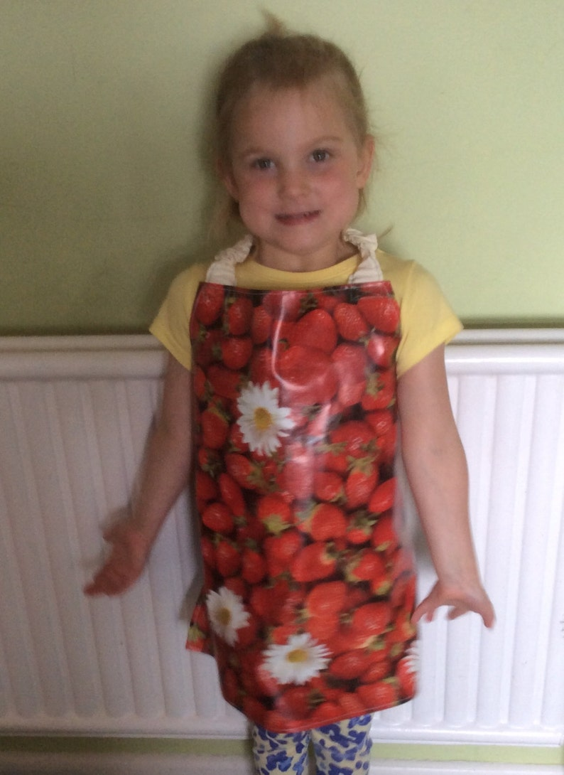 art ages 3-5 craft, childs painting apron PVC red